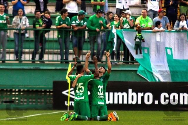 Chapecoense vence São Paulo e reencontra o caminho das vitórias