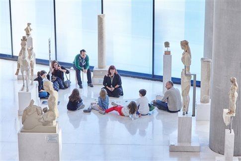 Χριστούγεννα για όλη την οικογένεια στο Μουσείο της Ακρόπολης