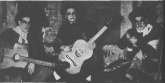 Don Alfredo Eusebio Gobbi (Padre), al centro, con Roberto Fugazot y Agustín Irusta