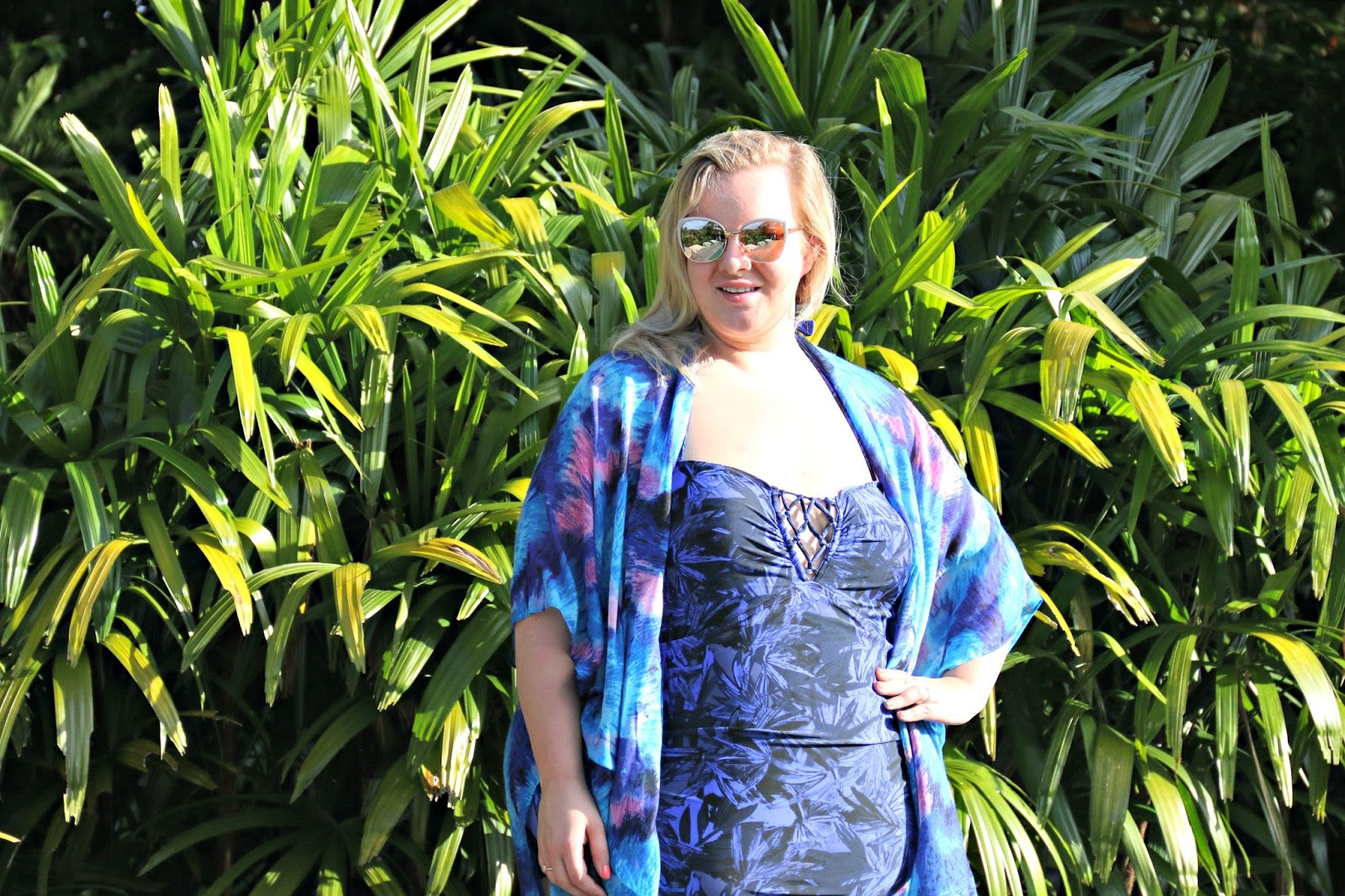 Goodbye Self Conscious, Hello Plus Size Body Confidence; My Journey To Loving Myself In Swimwear! WhatLauraLoves Yours Clothing Blogger