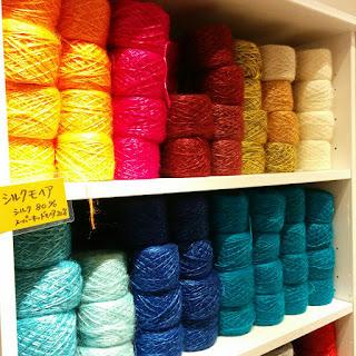 アブサラクリコのシルク糸
