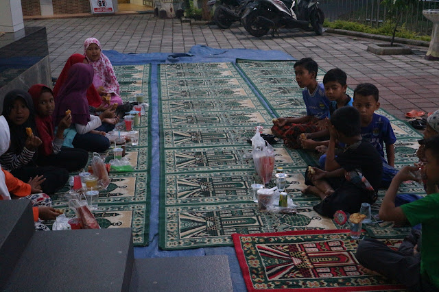 Buka Puasa Bersama dan Shalat Tarawih Masjid Abu Bakar Ash-Shidiq