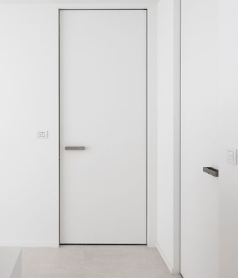 pintu kamar mainimalis