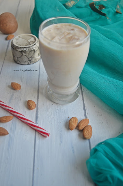 Chikko Almond Milkshake Recipe | Sapota Badam Milkshake | Easy Milkshake Recipes