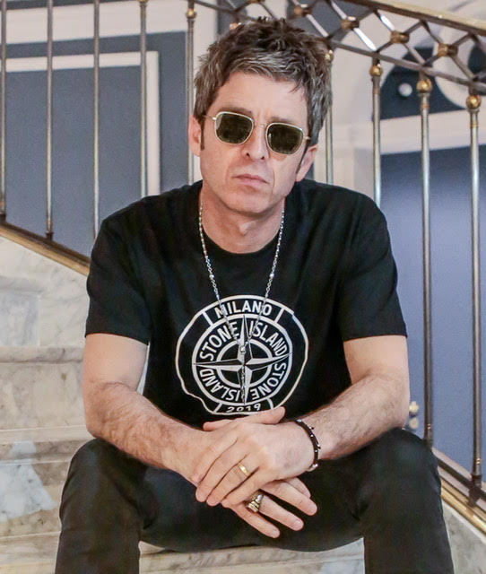 noel gallagher 39 s high flying birds release brand new single this is the place. Black Bedroom Furniture Sets. Home Design Ideas