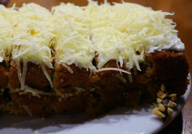 Premium Carrot Cake : Cheese