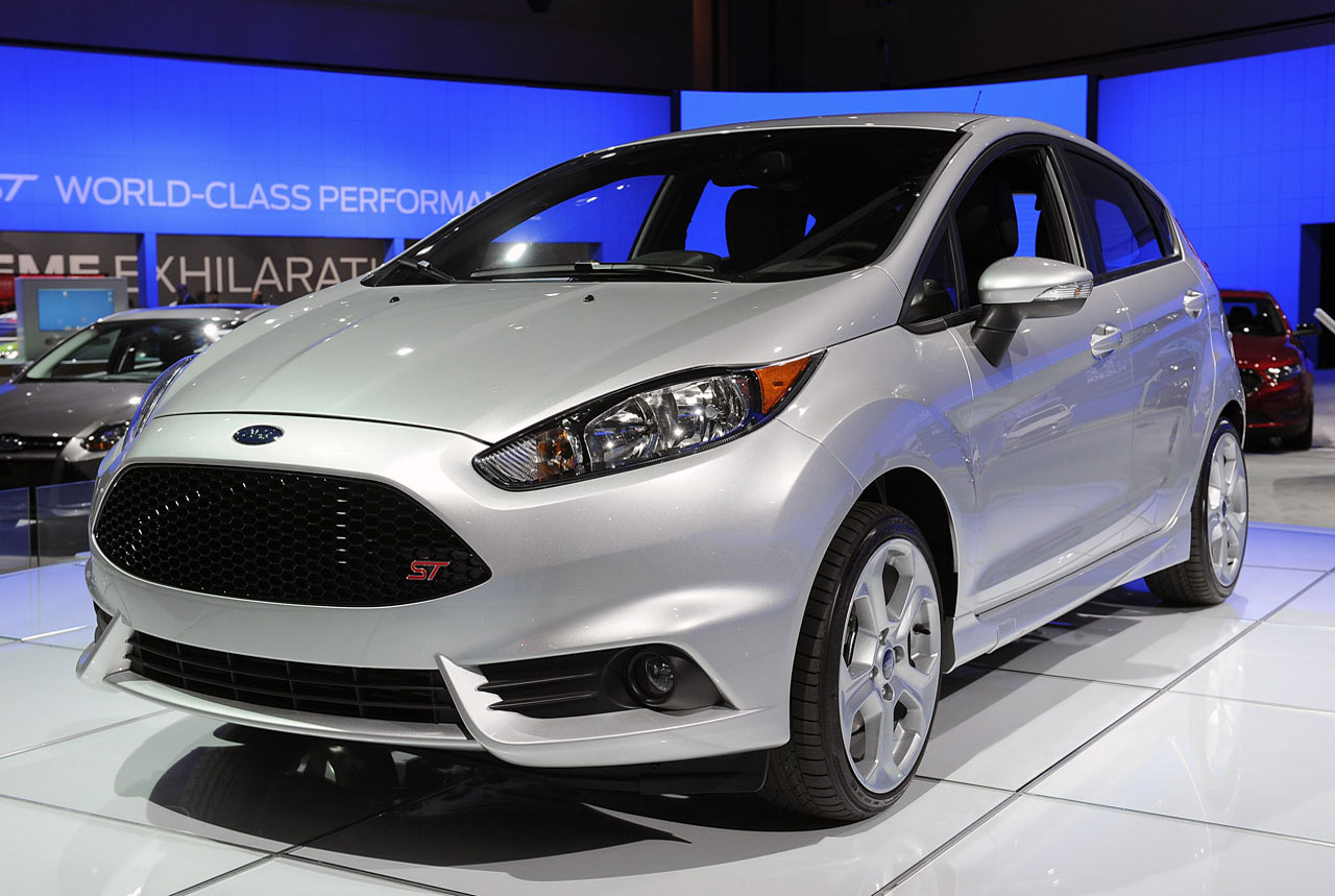 cars model 2013 2014 2015 2014 ford fiesta st priced from 21 400. Black Bedroom Furniture Sets. Home Design Ideas