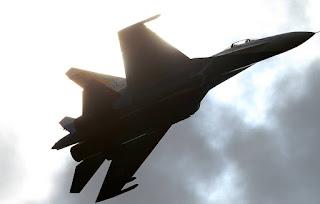 طائرات مقاتلة وقاذفات روسية تقوم برحلات تدريب على البحر الأسود