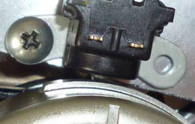 Pulser dan Tonjolan magnet ( pick up )