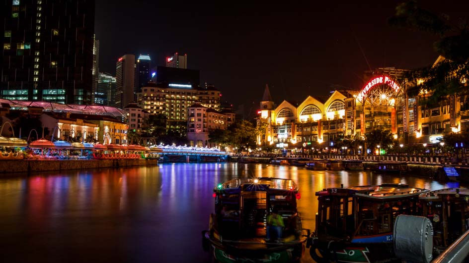 Pulsating Nightlife in Singapore