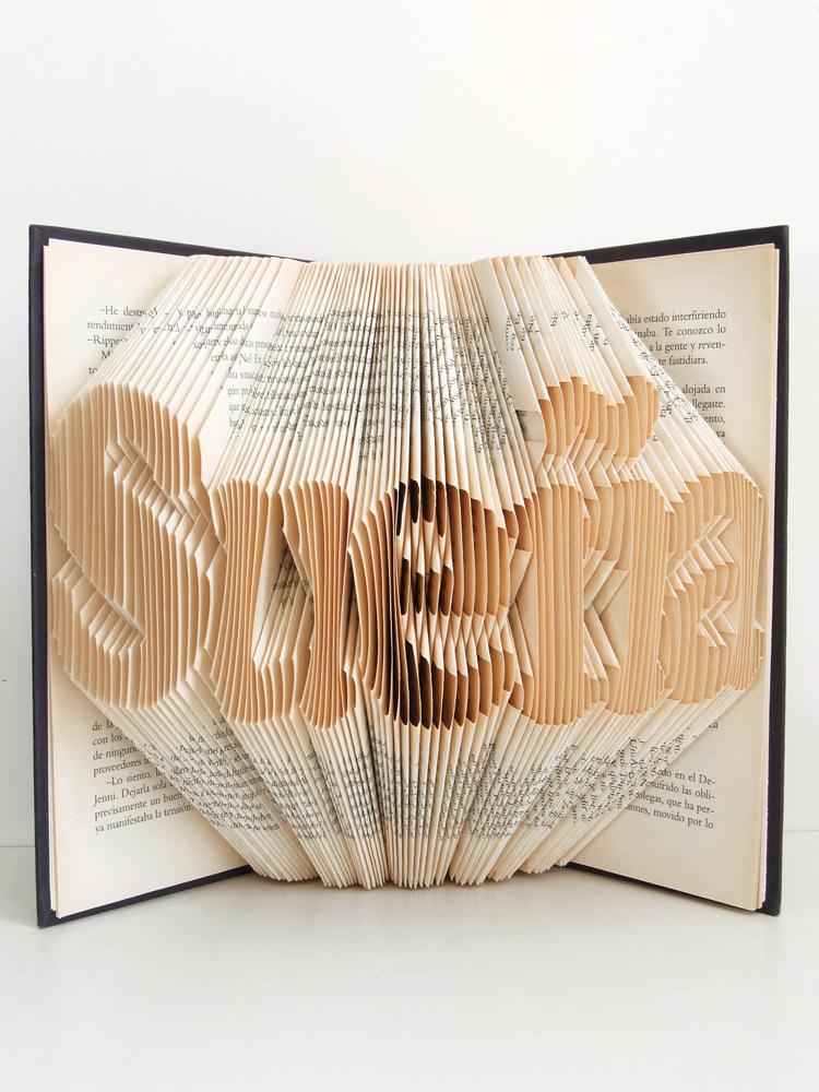 https://www.oddity-london.com/2020/06/libro-suena.html