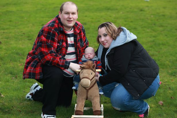 Tak Kunjungi Dikaruniai Momongan Pasangan Ini Membuat Boneka yang Sangat Mirip Dengan Bayi.