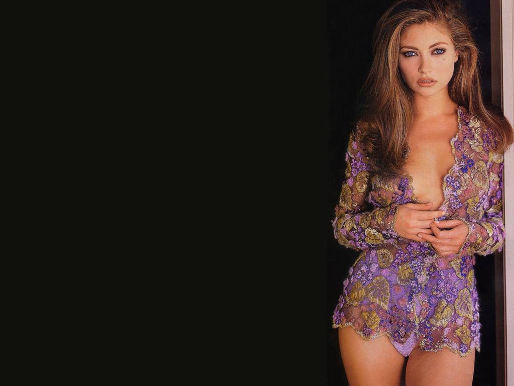 Hot Female Pictures Sexy Rebecca Gayheart-8767