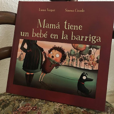 Mamá tiene un bebé en la barriga, Luana Vergari, Simona Ciraolo, Album ilustrado, obelisco, picarona, que estas leyendo, yo leo,