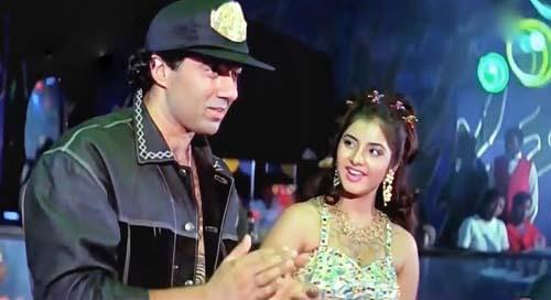 Saat Samundar Paar Lyrics - Vishwatma (1991)   Sadhna Sargam