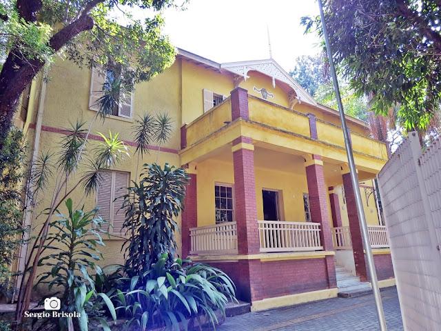 Vista da fachada da entrada do Museu Da Cidade Chácara Lane - Consolação - São Paulo