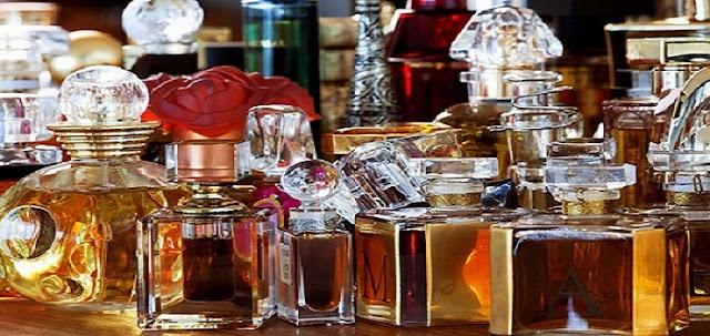 7 Parfum Wanita Yang Membuat Lelaki Tidak Dapat Melupakan Aromanya