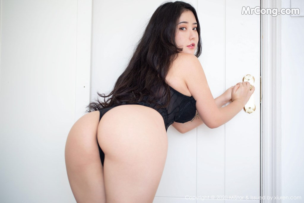 MiStar Vol.318: Manuela (玛鲁娜) (48P)