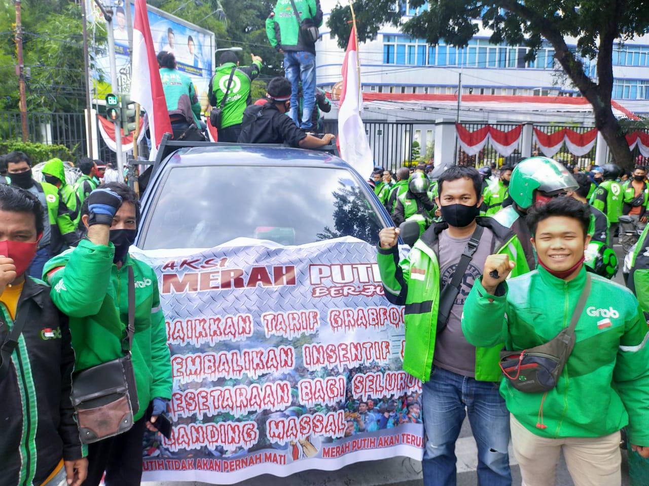 Ratusan Ojol Kembali Demo di Depan Kantor Gojek Medan, Ini Tuntutan Mereka