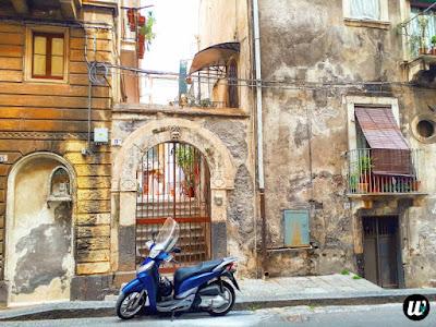 scooter, Catania | Sicily, Italy | wayamaya