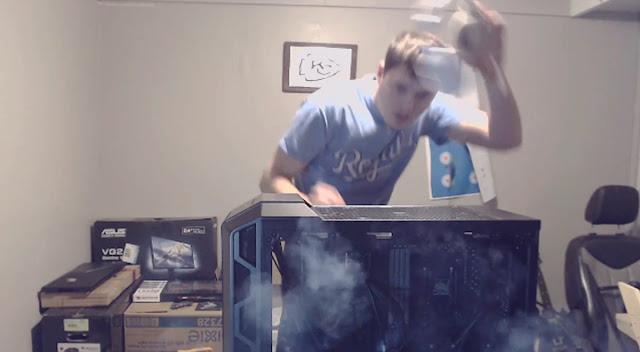 Gamer armó su primera PC en vivo, pero al prenderla esta explotó