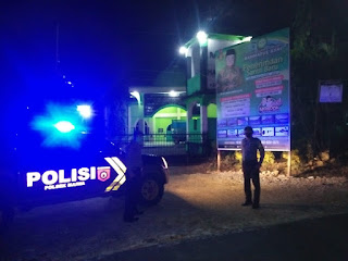 Untuk Menjaga Situasi Kamtibmas, Polsek Maiwa Polres Enrekang Laksanakan Patroli Blue light