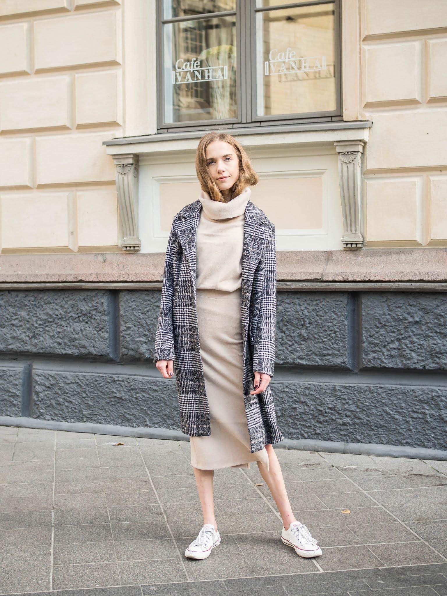 Ruudullinen villakangastakki // Checked wool coat