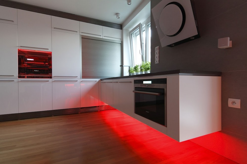 Creative-Lighting-Solutions-Kitchen-Chef-Kitchen-state-of-the-art-kitchen