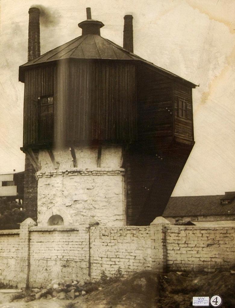 Водонапорная башня на заводе В.В. Штерцера