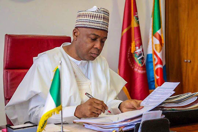 Bukola-Saraki-dumps-Apc-defects-to-PDP