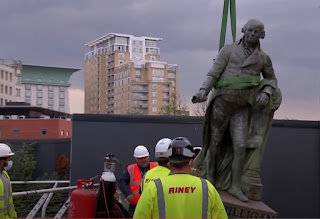 Slave Trader Statue Removed from London Museum