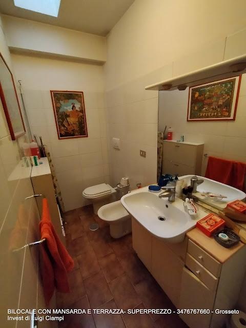 Grosseto Invest Vende - bagno sotto - del bilocale con mansarda in Viale Uranio,, Grosseto