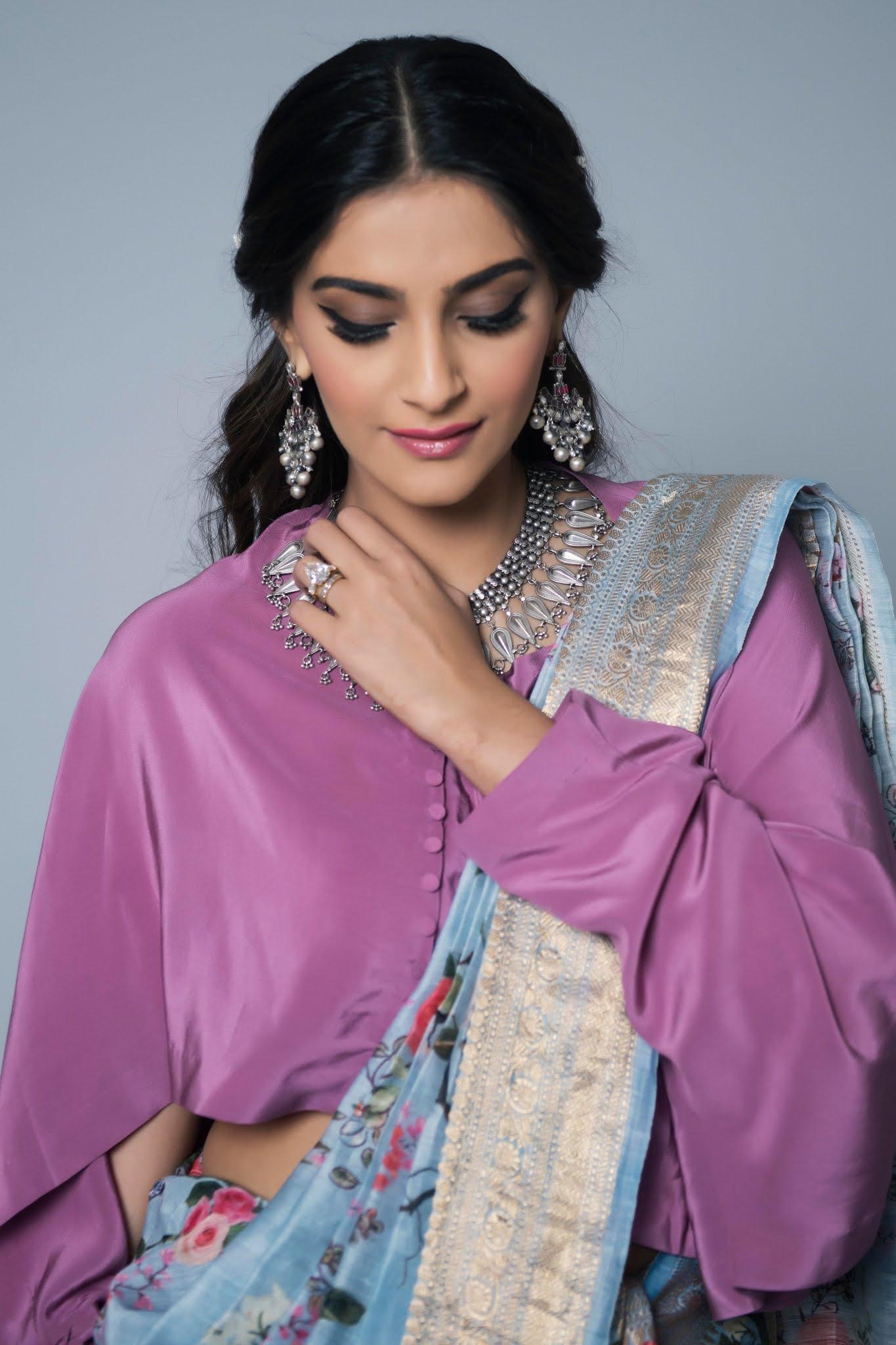 Sonam Kapoor photo 12