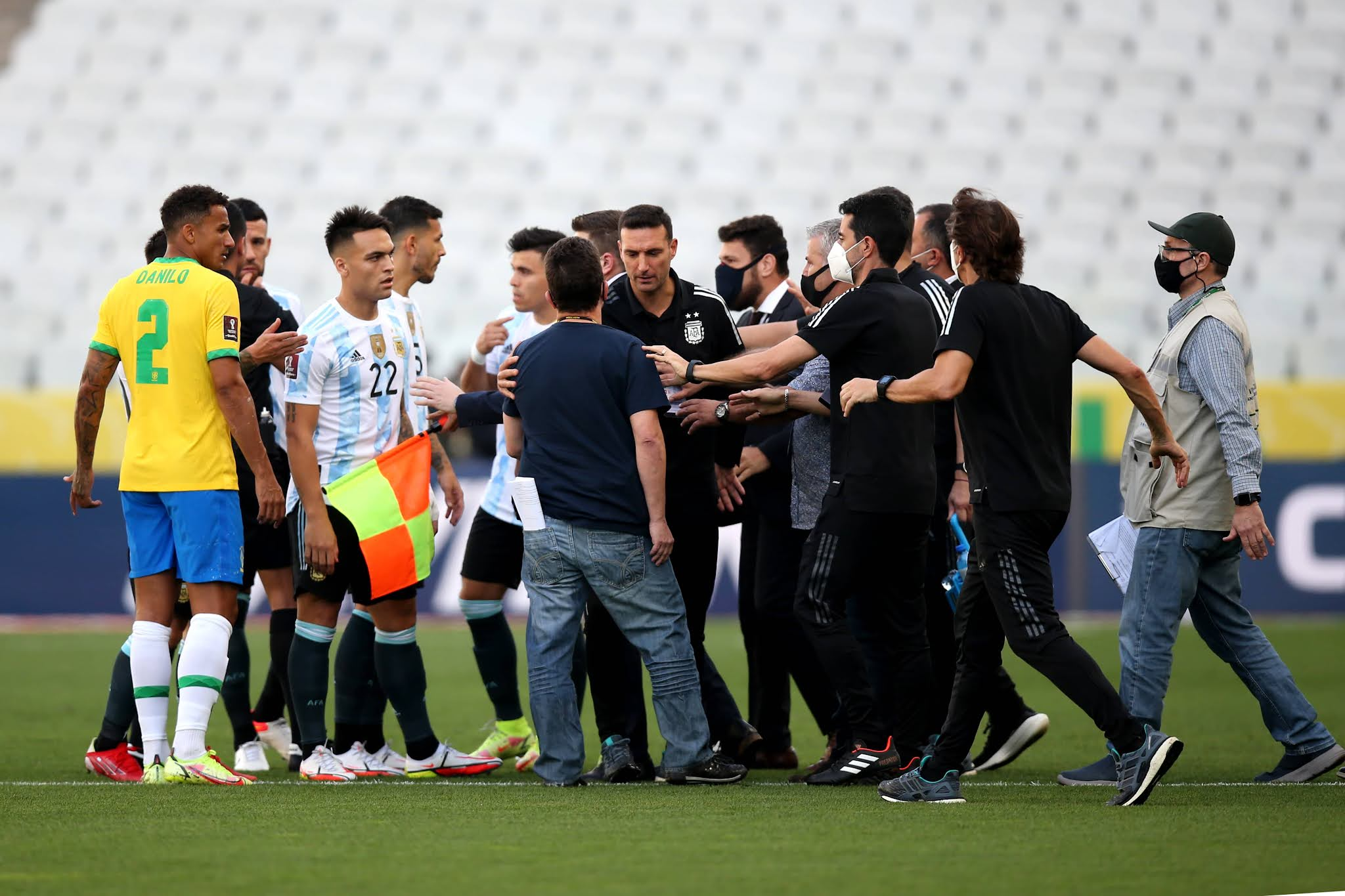 Papelón mundial: el superclásico sudamericano fue suspendido por funcionarios de sanidad de Brasil