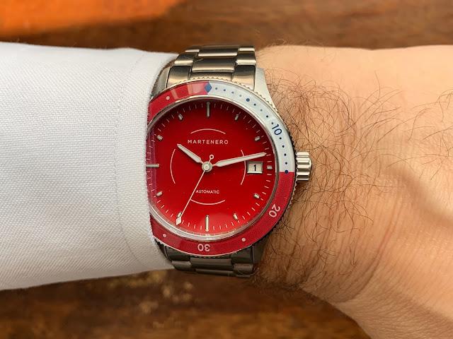 Martenero Bayshore red wrist shot