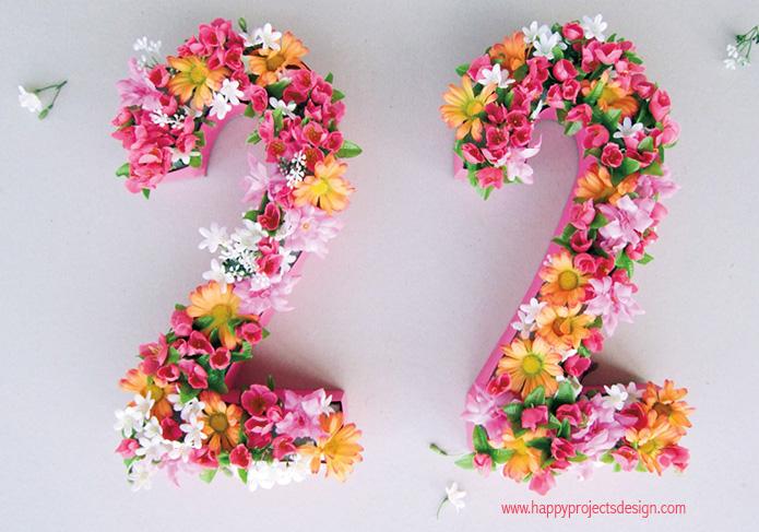 números con flores de tela