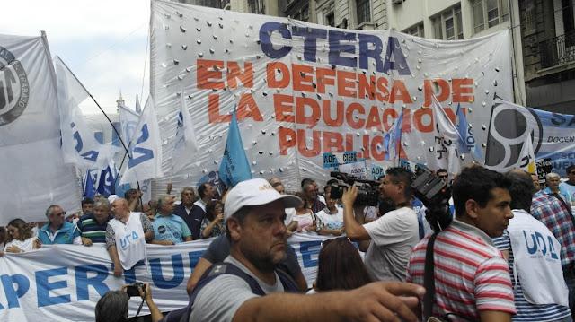 Por la muerte de las maestras en Chubut, mañana habrá paro docente en todo el país