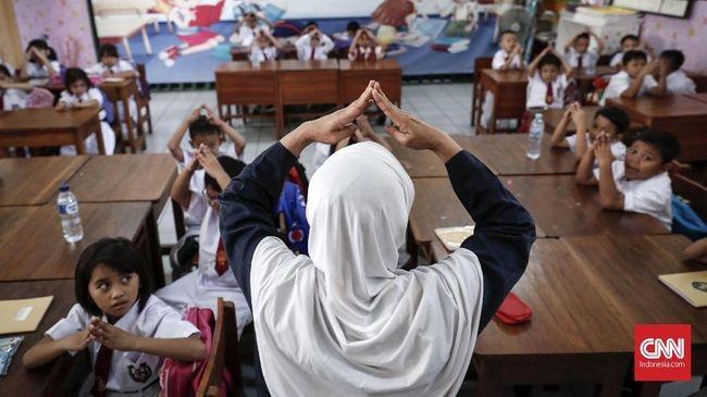 Saran Bagi Orang Tua Saat Sekolah Kembali di Buka