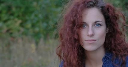 Susannah Glatze Schlampe Nackt von Anna Belknap
