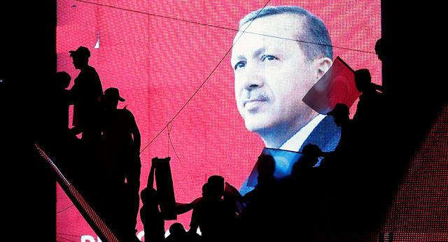 """""""Παιχνίδια"""" ολοκληρωτικής απομόνωσης και αποσταθεροποίησης της Τουρκίας"""