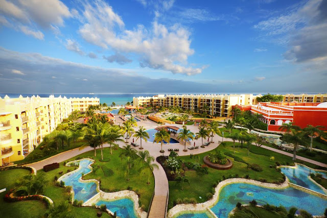 Enjoy your Playa del Carmen family vacation at The Royal Haciendas Playa del Carmen with the best All Inclusive Plan and beachfront units by the Caribbean waters. Book now!