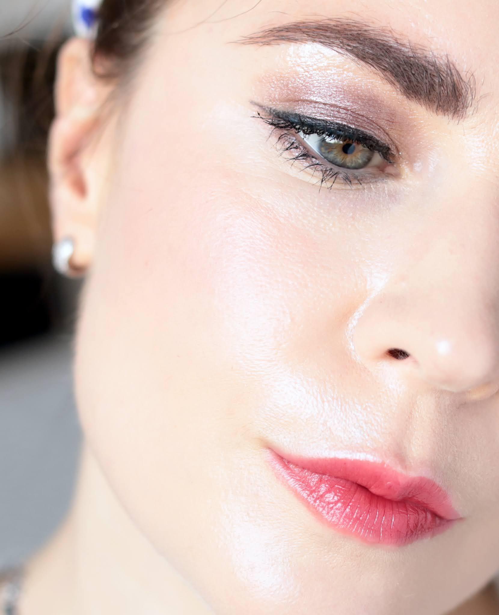 Shiseido Pop Powdergel fard à paupières 08 suru suru taupe 02 horo horo silk