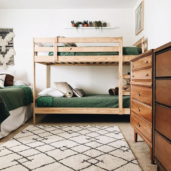 bunks and bunk rooms