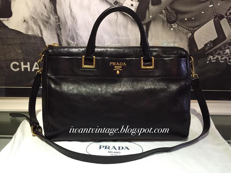 9543812e I Want Vintage | Vintage Designer Handbags: Prada Leather Work Bag-Black