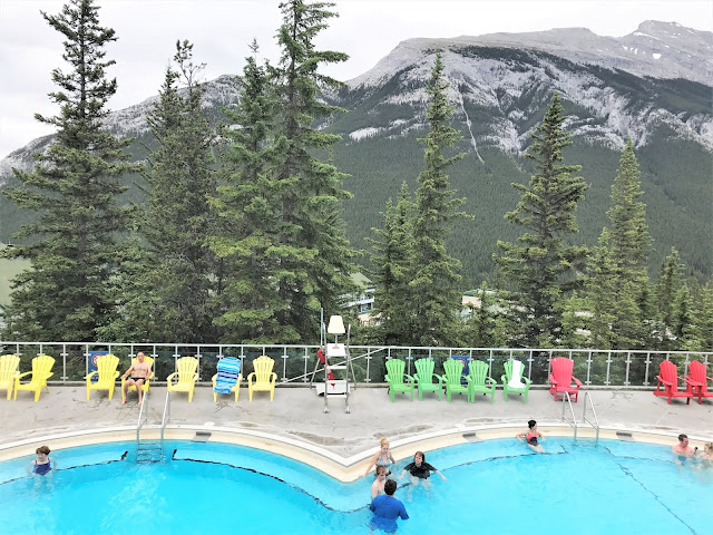 Banff, upperhotsprings, vistorsguide, alberta, explorecanada