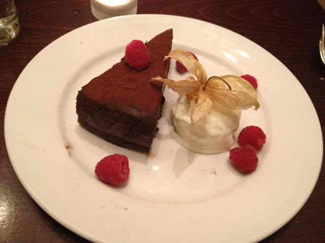 Chocolate Tart Dessert - Cellar Door, Edinburgh Restaurant Review