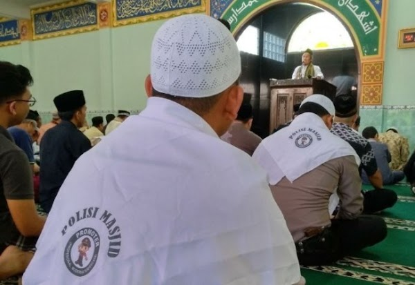 Aparat Lebih Baik Tuntaskan Kasus Besar daripada Awasi Ceramah di Masjid
