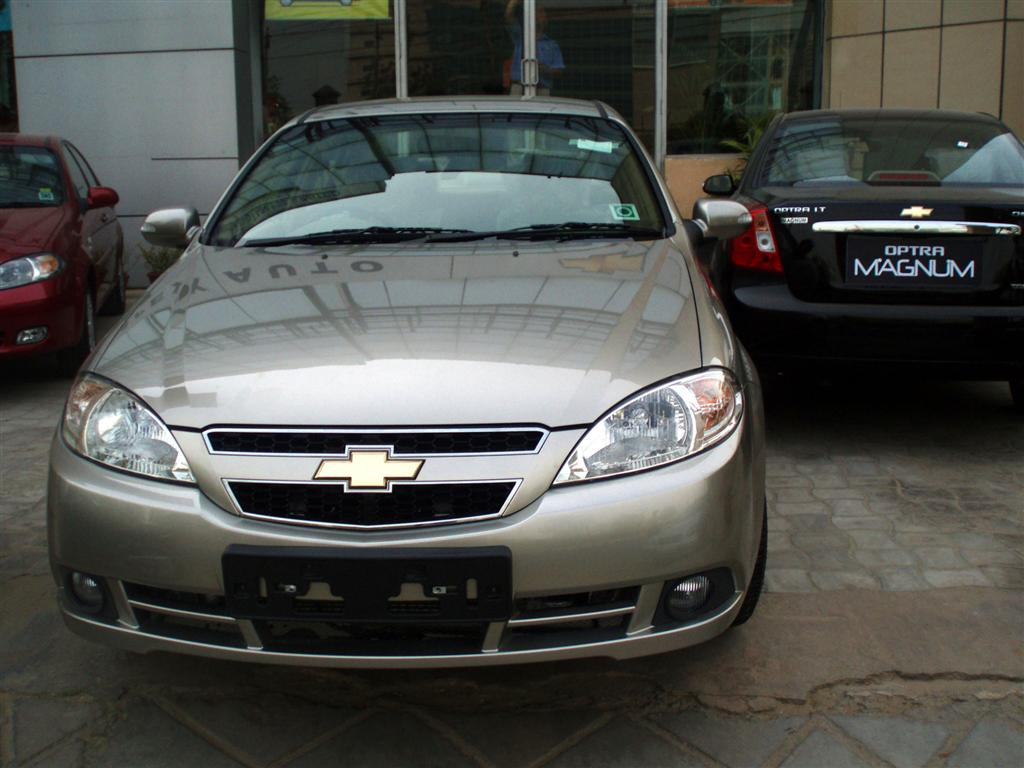 Chevrolet Optra Magnum Wallpaper 2012:Car Free Wallpapers New