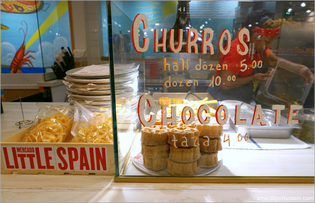 Puesto de Churros del Mercado Little Spain en Nueva York