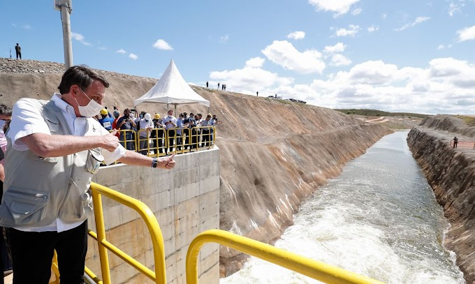 Depois de anos envolvida em esquemas de corrupção e com baixo percentual, obra da transposição do Rio São Francisco é inaugurada